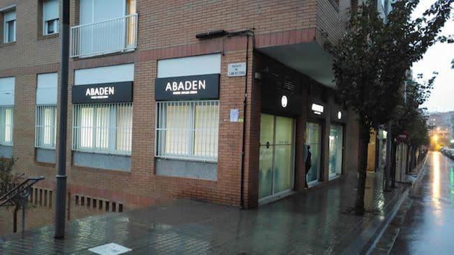 Fachada clínica dental Abaden Barcelona | Vall d´Hebron