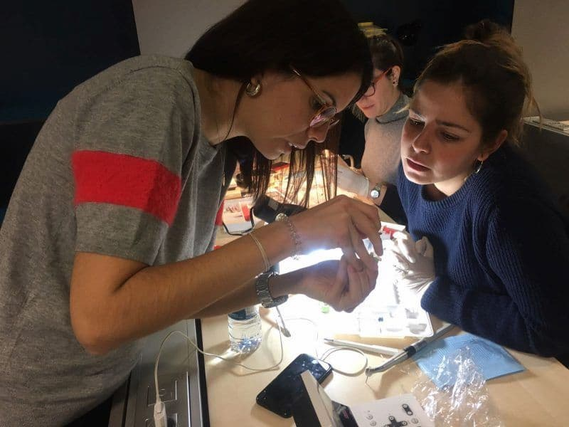 Abaden Dental Academy abre sus puertas a la formación de dentistas externos