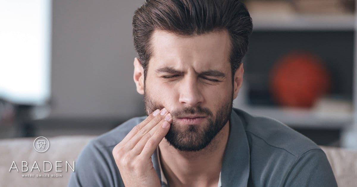 ¿Por qué aparecen las llagas en la boca?