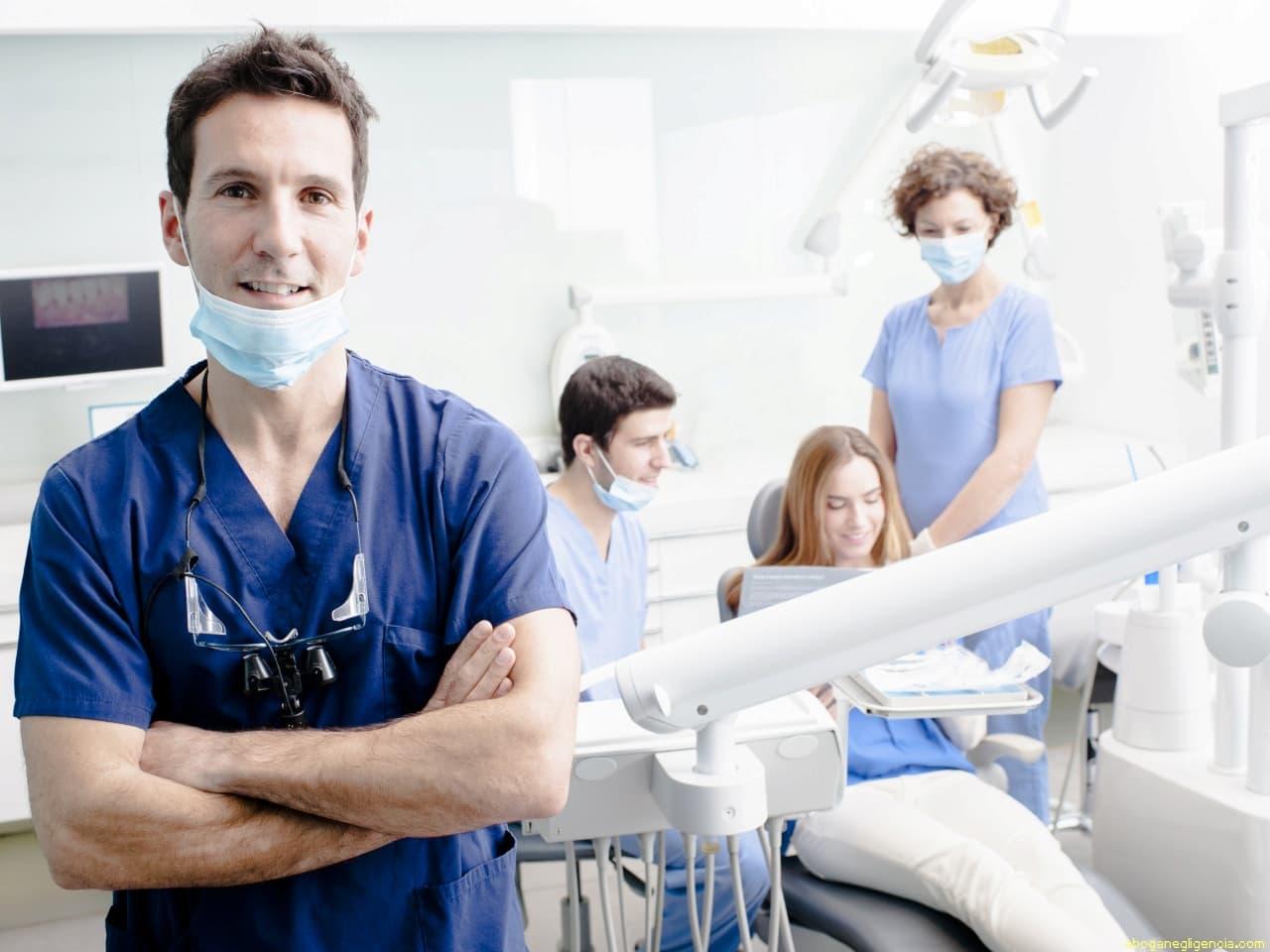 ¿Qué es el consentimiento informado en odontología?