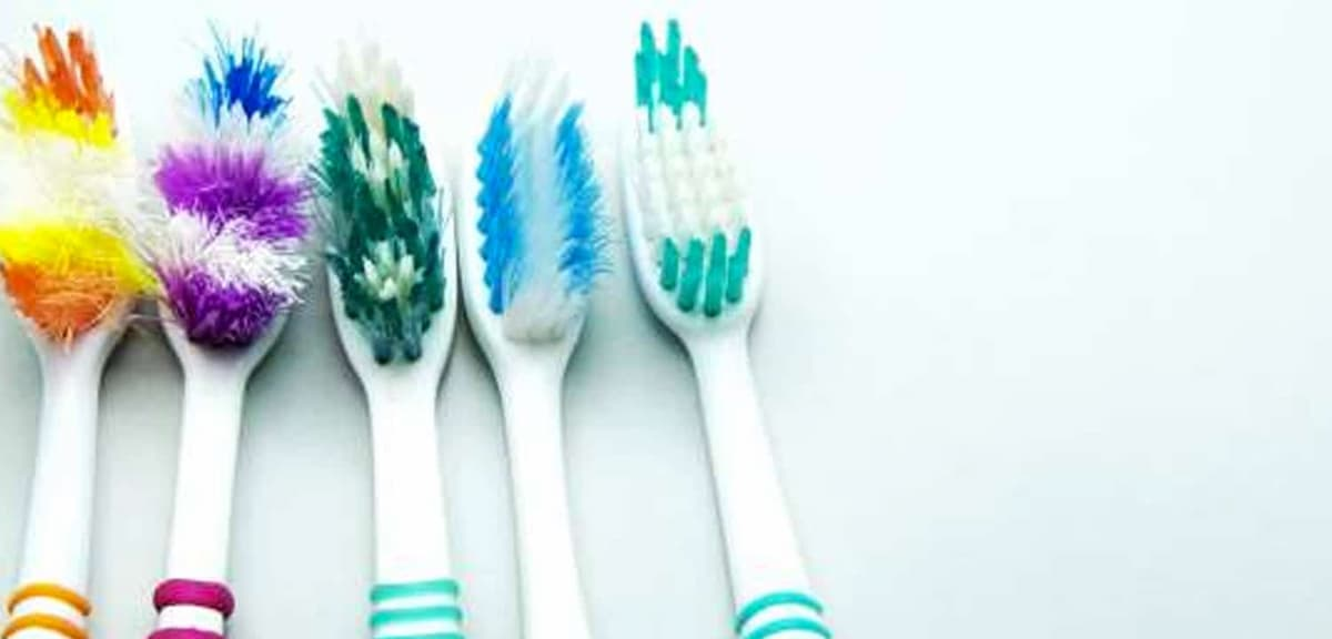 ¿Cada cuánto es recomendable cambiar el cepillo de dientes?
